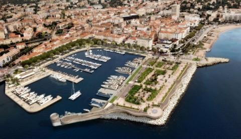 Port de St Raphael Var